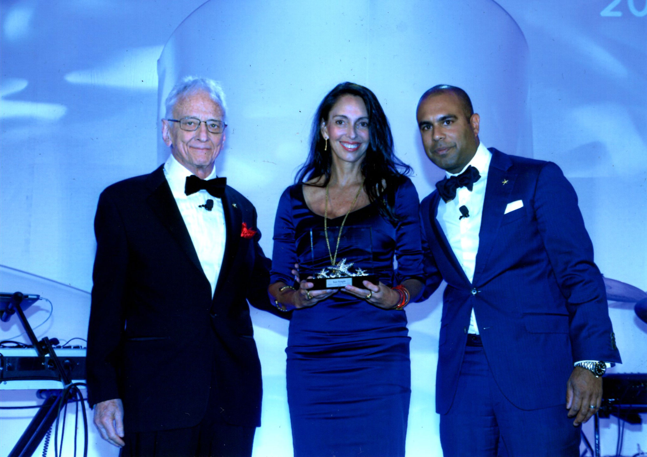 INES TEMPLE RECEIVED THE LHH STAR THROWER AWARD FOR HER CONTRIBUTIONS TO THE COMMUNITY